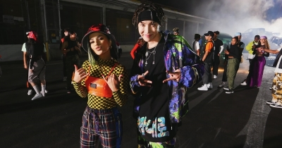 "La dance battle di J-Hope e Becky G nel MV di ""Chicken Noodle Soup"""